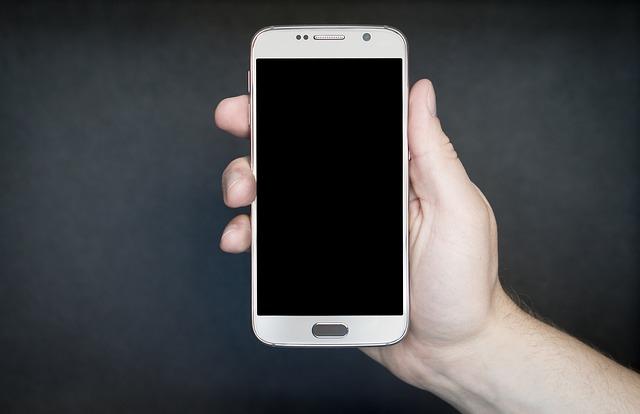 mobil v dlani