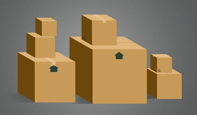 hromada papírových krabic.jpg