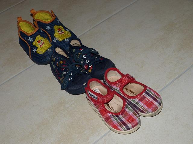 Suché zipy na obuvi